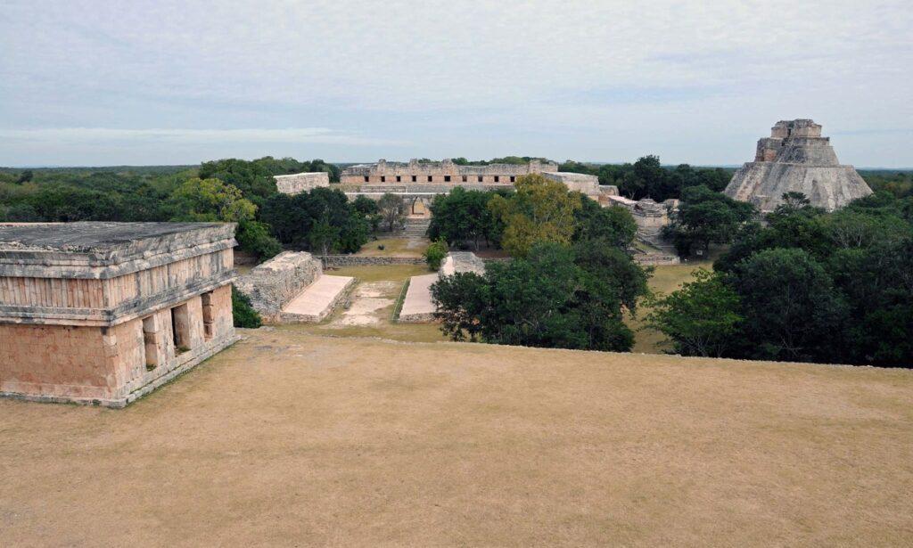 Imagen 14: Uxmal. De Adrián Hernandez-Trabajo propio, CC BY-SA 4.0, https://commons.wikimedia.org/w/index.php?curid=71192285
